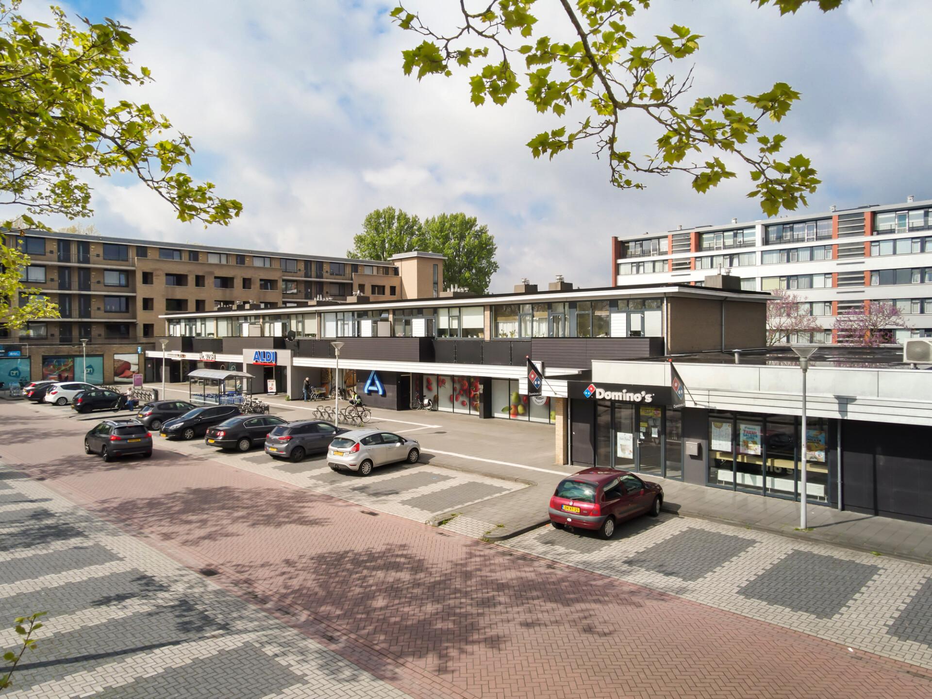 Winkelcentrum Nije Nering